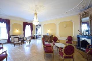 продажа видовой 5-комнатной квартиры наб. реки Мойки д. 84 Санкт-Петербург