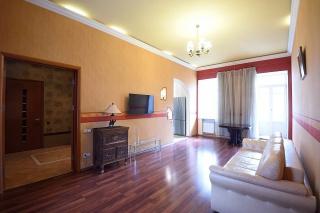 продажа 3-комнатной квартиры на Верейской ул. 30 Санкт-Петербург